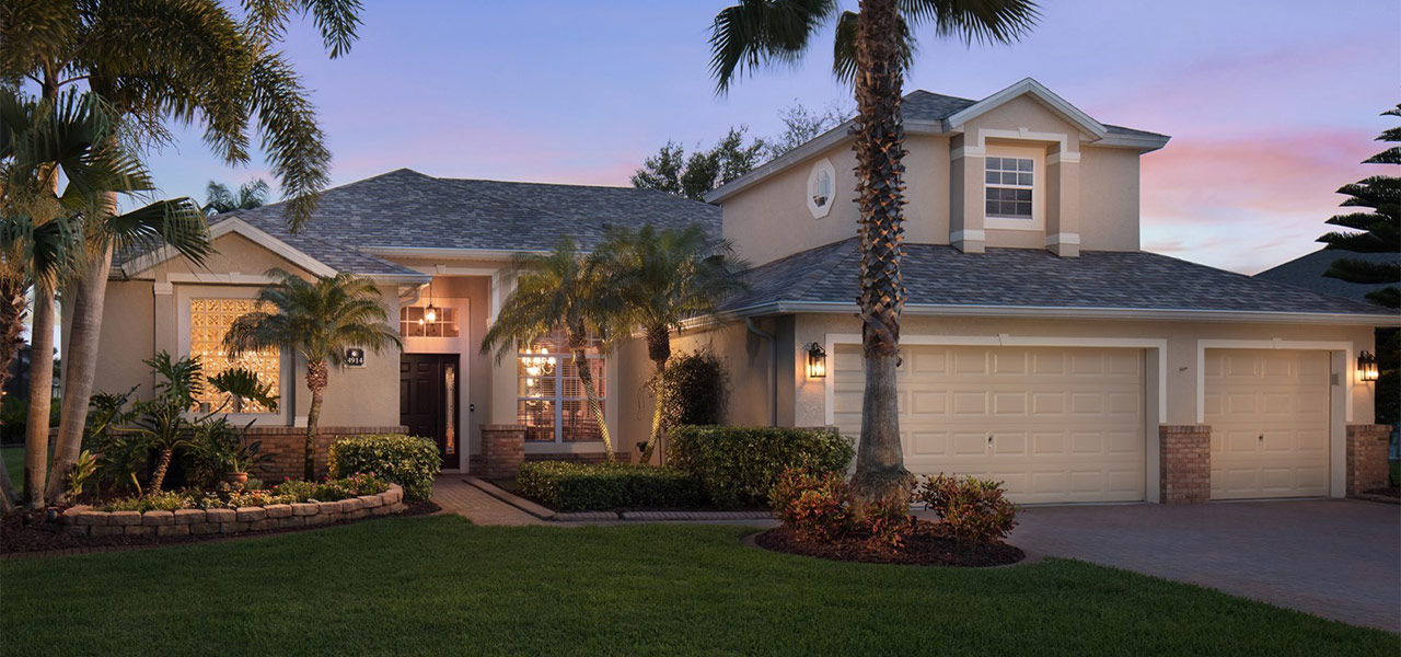 Exterior of florida home at dusk